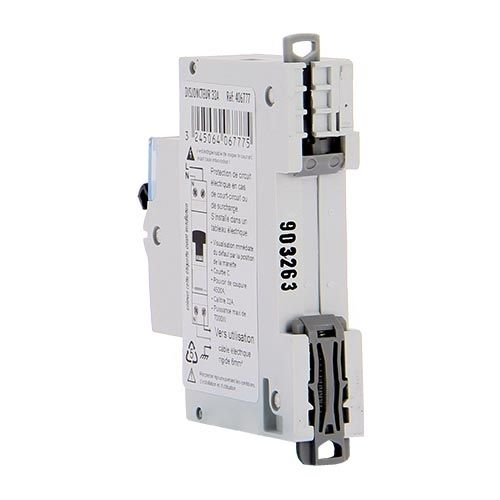 LEGRAND Disjoncteur électrique  32A Uni + neutre DNX3