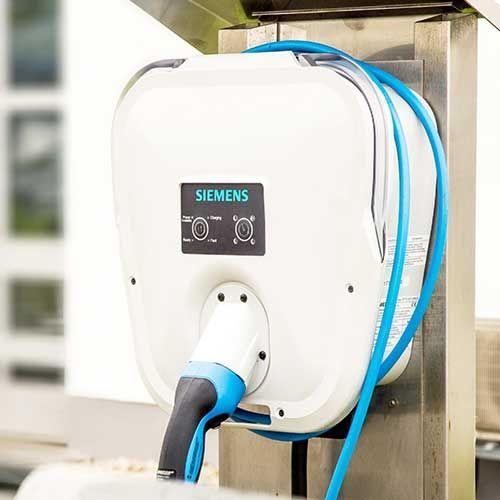 Wallbox SIEMENS borne de recharge voiture électrique type 2 monophasé 4,6kW