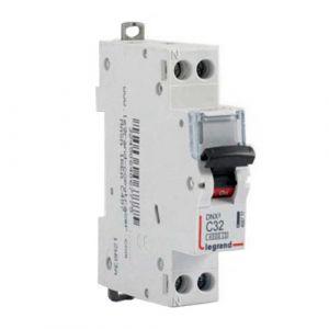 LEGRAND Disjoncteur électrique DNX3 Uni + neutre 32A