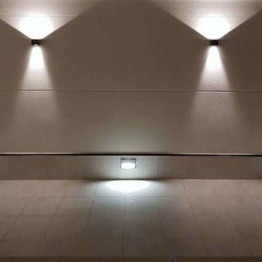 BENEITO FAURE Applique  LED LEK orientable extérieure 6,8W 530lm 3000°K noir