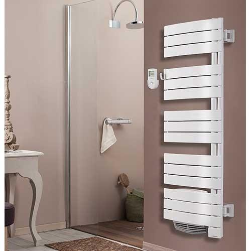 s che serviettes pivotant avec soufflerie 1750w thermor allure digital 490661. Black Bedroom Furniture Sets. Home Design Ideas