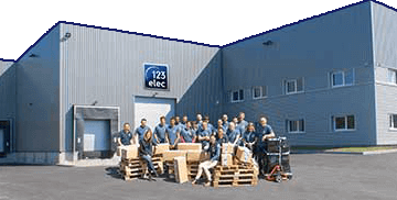 Locaux et équipe 123elec, vente de matériel électrique
